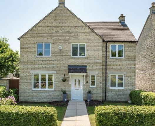 Thumbnail Detached house to rent in Teasel Way, Carterton, Carterton