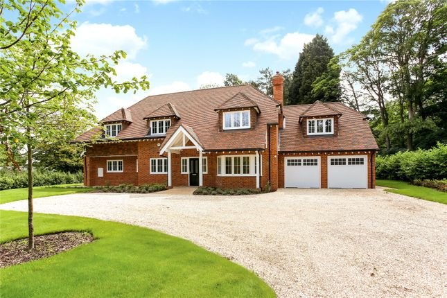 Picture No. 19 of Wick Hill, Finchampstead, Wokingham, Berkshire RG40