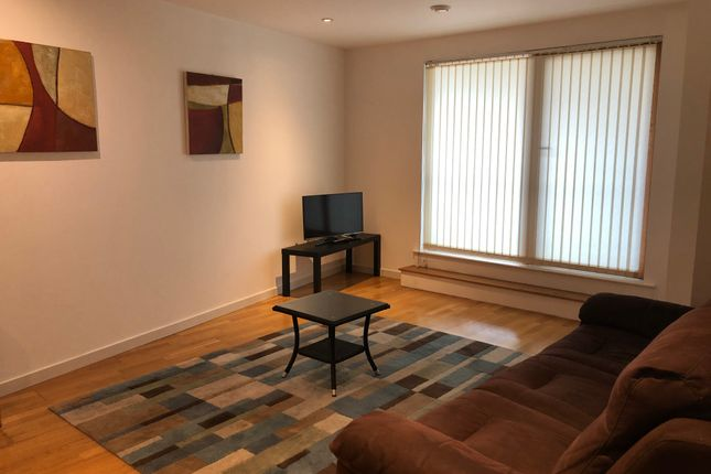 Thumbnail 2 bed flat to rent in Crown Point Road, Leeds
