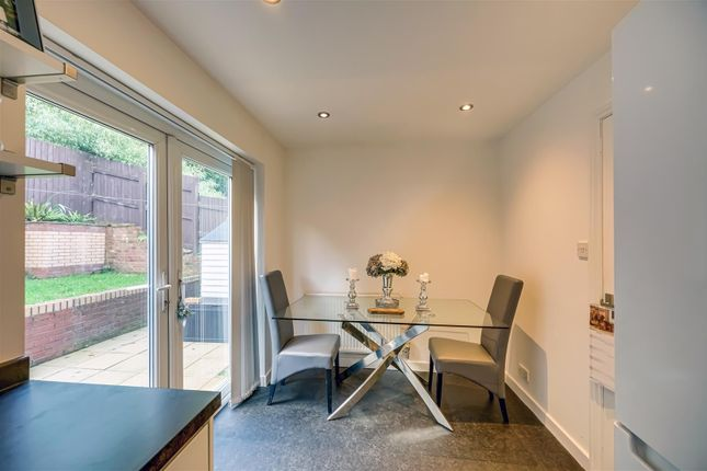 Diner of Meadowcroft Mews, Castleford WF10