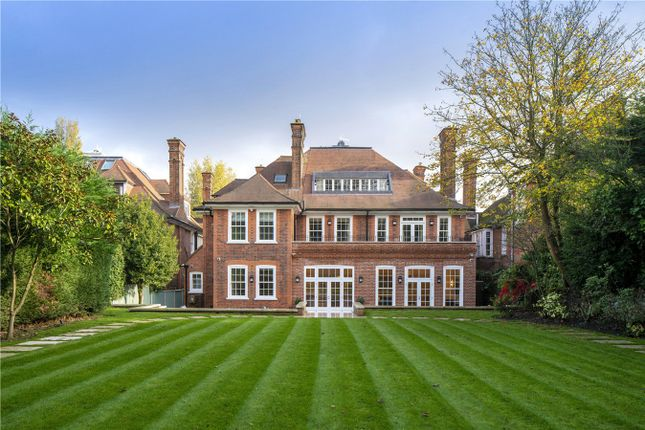Thumbnail Detached house to rent in Redington Road, London