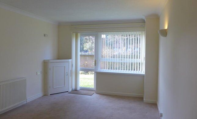 Thumbnail Flat to rent in Waverley House, Waverley Road, New Milton, Hampshire