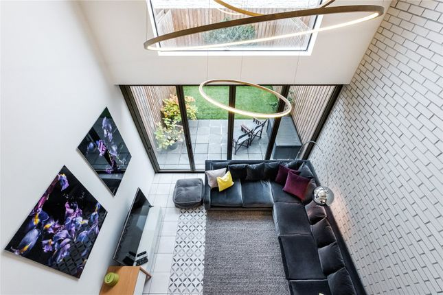 Thumbnail Terraced house for sale in Bridport Place, London