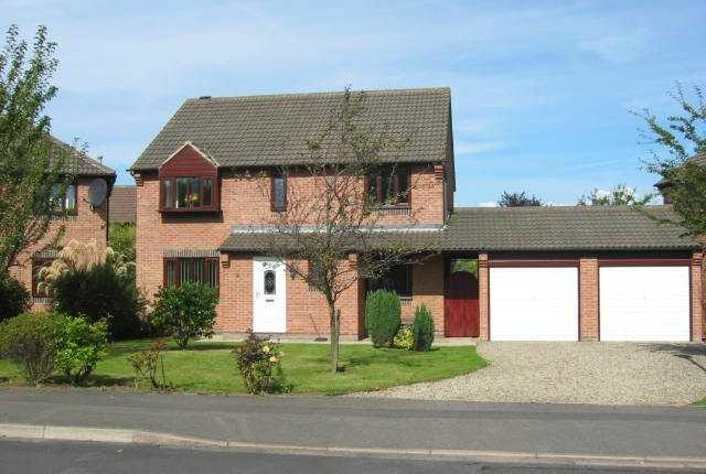 4 bed property to rent in Oughton Close, Yarm