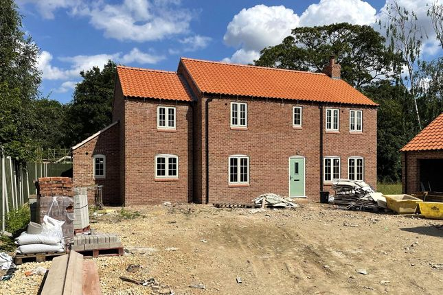 Thumbnail Detached house for sale in Marton Road, Willingham By Stow