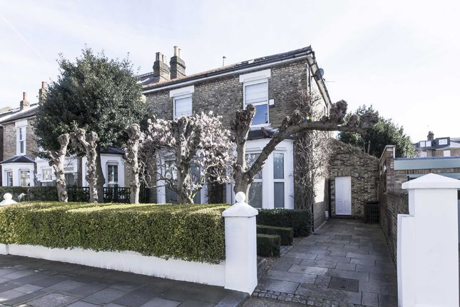 Thumbnail Property for sale in Heathfield Gardens, London