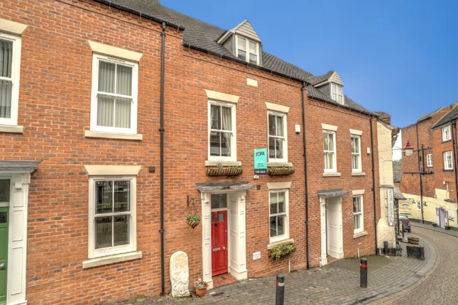 Thumbnail Town house for sale in Cartway, Bridgnorth