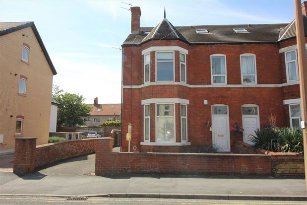 3 bed flat for sale in St. Andrews Road South, St. Annes, Lytham St. Annes FY8
