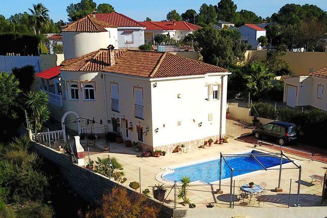 Villa for sale in Real De Montroi, Valencia, Spain