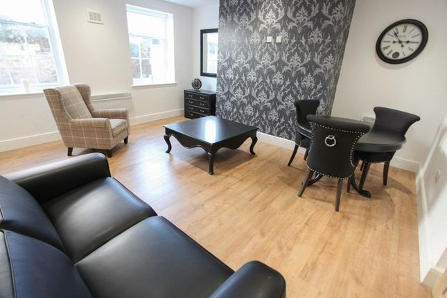 Thumbnail Terraced house to rent in Rolfe Close, Barnet