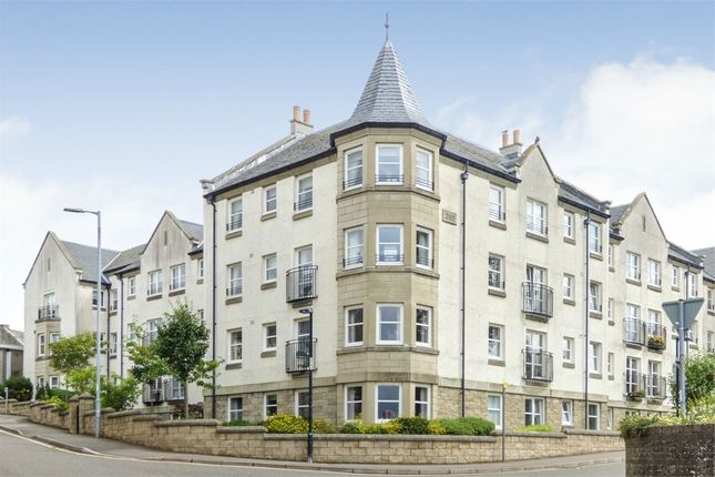 Thumbnail Flat for sale in Wallace Court, Lanark