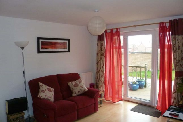 Thumbnail Flat to rent in Meadow Furlong, Rugby