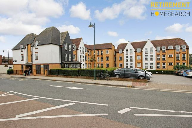 Thumbnail Flat for sale in Homeregal House, Rayleigh