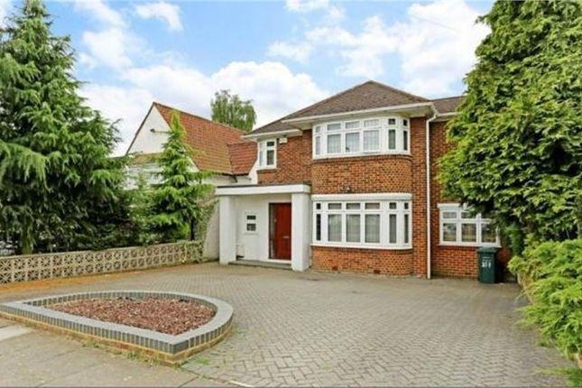 Thumbnail Detached house to rent in Edgwarebury Lane, Edgware