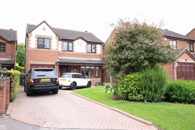 Thumbnail Detached house to rent in Pinewood Avenue, Wood End, Atherstone, Warwickshire