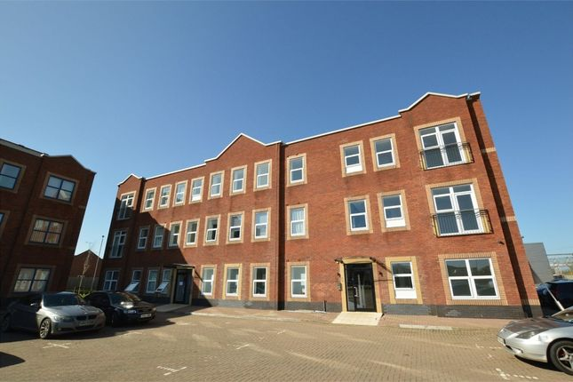 Thumbnail Flat to rent in Webb Ellis Place, Town Centre, Rugby, Warwickshire