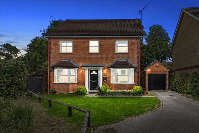 Thumbnail Detached house for sale in Headingley Close, Pitsea, Basildon