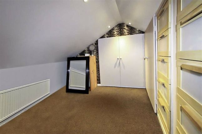 Loft Room: of Oak Road, Armley, Leeds, West Yorkshire LS12