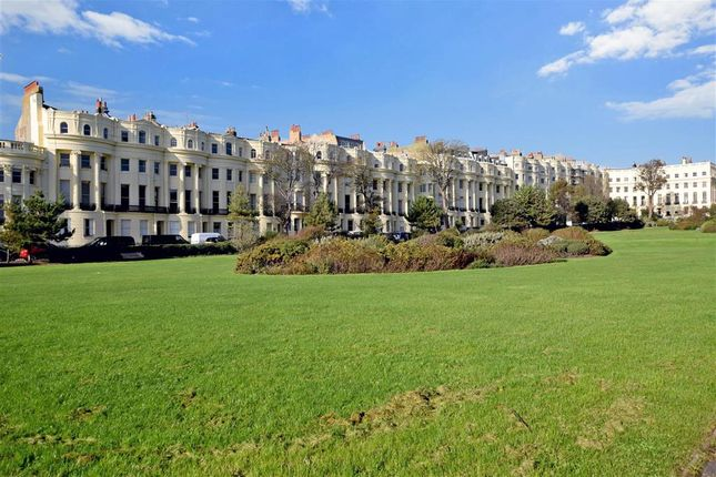 Thumbnail Flat for sale in Brunswick Square, Hove, East Sussex