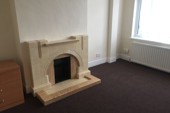 Thumbnail Semi-detached house to rent in Park View Road, London