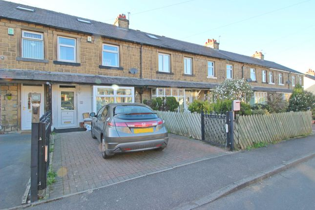 Thumbnail Terraced house to rent in Ravens Avenue, Moldgreen, Huddersfield