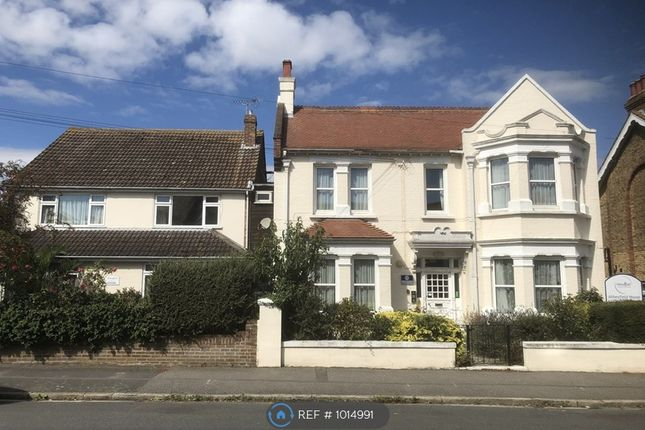Thumbnail Detached house to rent in Luton Avenue, Broadstairs