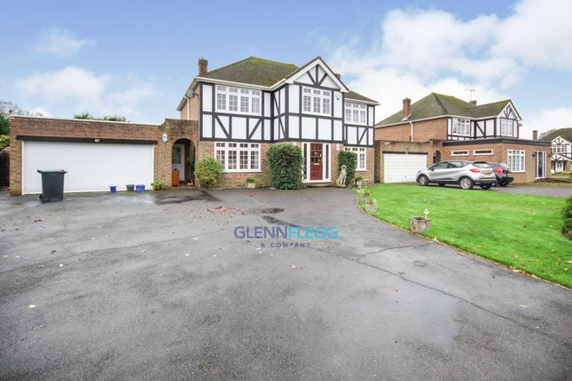 Thumbnail Detached house to rent in The Fairway, Burnham, Slough