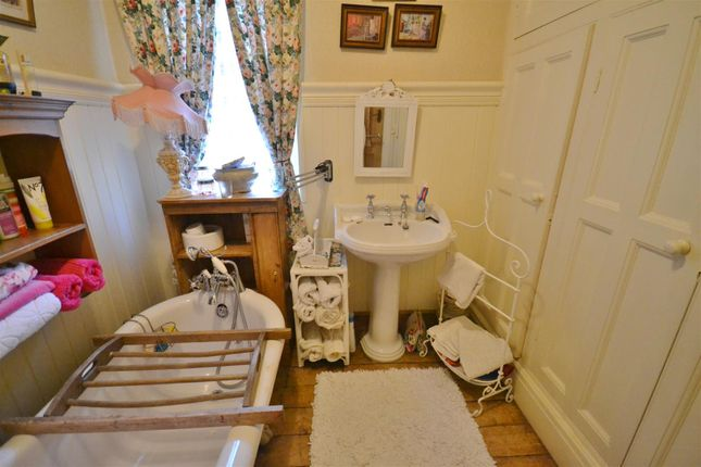 Bathroom of Springfield Road, Carmarthen SA31