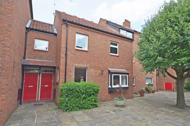 Thumbnail Property to rent in Bedern, York
