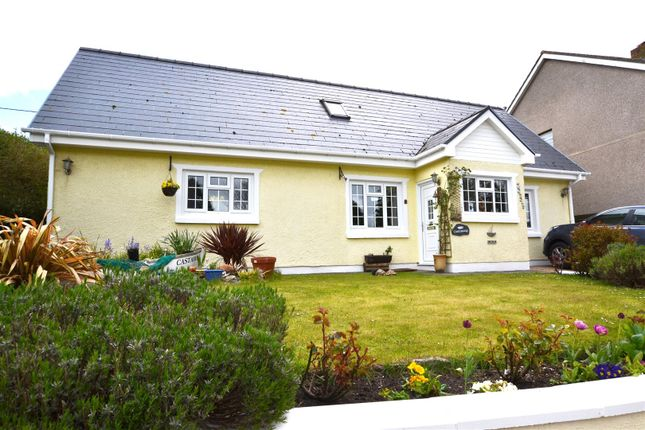 4 bed detached bungalow for sale in Pendine, Carmarthen