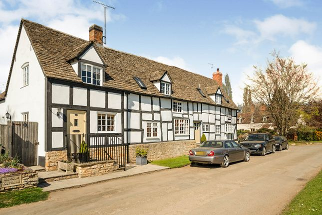 Thumbnail Semi-detached house for sale in Great Washbourne, Tewkesbury