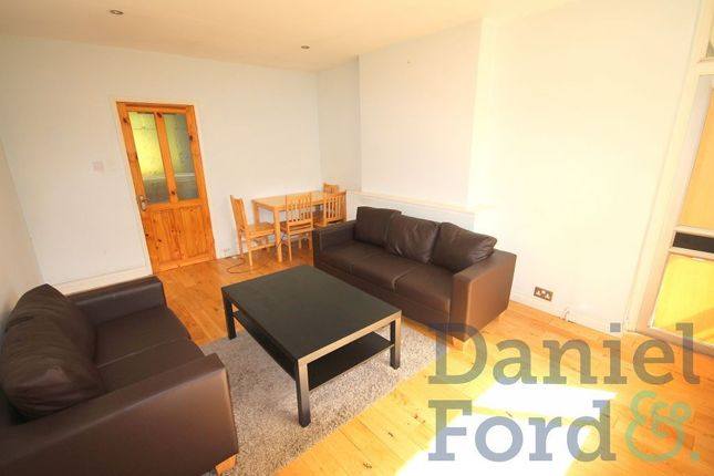 Thumbnail Flat to rent in Grice Court, Alwyne Square, London