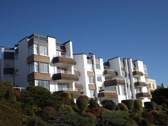 2 bed flat for sale in Braddons Hill Road East, Torquay, Devon