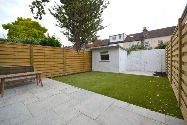 Thumbnail Flat to rent in Milford Road, Ealing, London