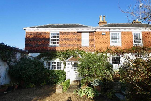 Thumbnail Semi-detached house to rent in Tonbridge Road, Wateringbury, Maidstone