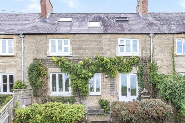 Terraced house for sale in Blenheim Terrace, Chipping Norton