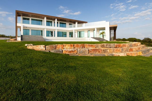 Thumbnail Villa for sale in Vila Nova De Cacela, Faro, Portugal