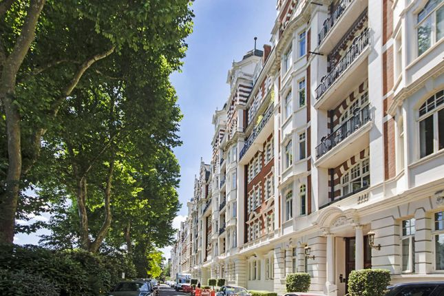 Thumbnail Flat to rent in North Gate, St John's Wood, London