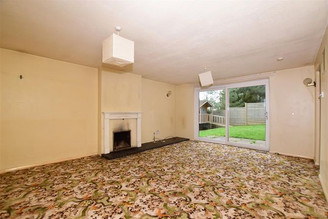 Thumbnail Detached house for sale in Malling Road, Teston, Maidstone, Kent