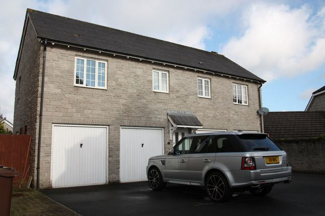Thumbnail Flat to rent in Temeraire Road, Plymouth