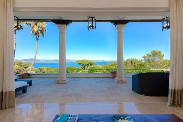 Thumbnail Property for sale in Saint-Tropez, French Riviera, Var, 83990