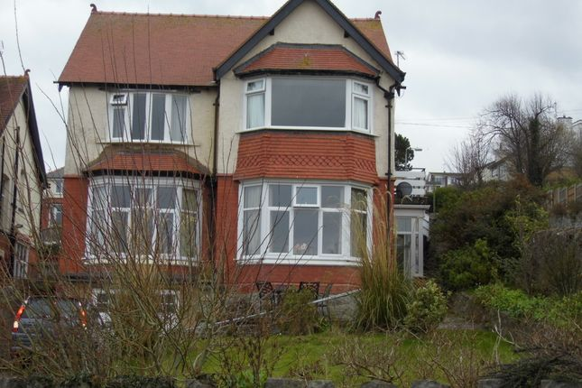 Thumbnail Duplex to rent in Llysfaen Road, Old Colwyn