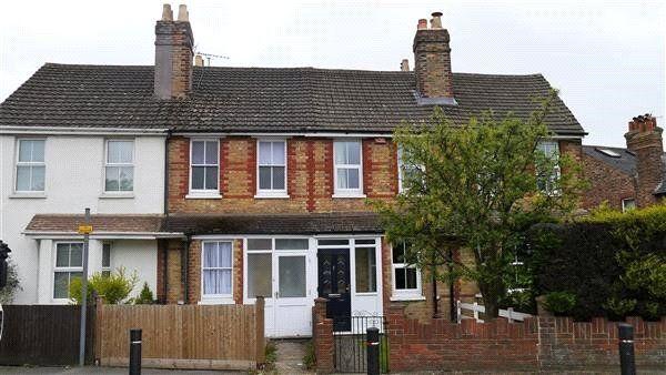 Thumbnail Terraced house to rent in Cramptons Road, Sevenoaks
