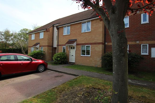 Flat for sale in Marina Point, West Road, Clacton-On-Sea