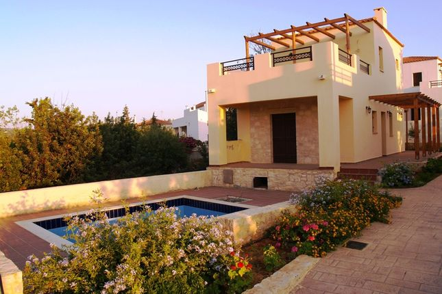 Villa for sale in Tsivaras, Chania, Gr