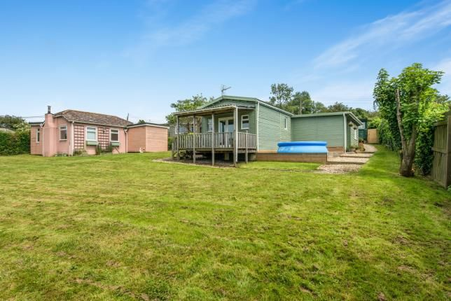 Thumbnail Bungalow for sale in First Avenue, Eastchurch, Sheerness, Kent
