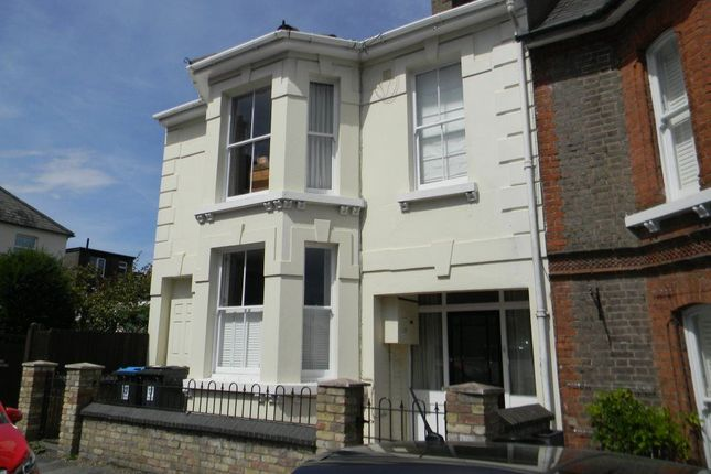 Thumbnail Town house to rent in Charles Street, Berkhamsted
