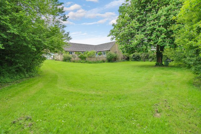 Thumbnail Bungalow for sale in The Knoll, Kempsford, Fairford