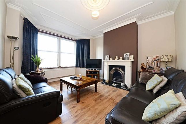 3 bed terraced house for sale in Squires Lane, Finchley, London