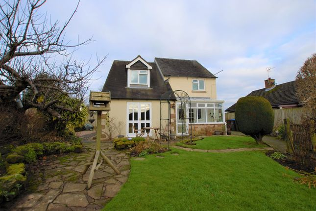 Thumbnail Cottage for sale in Gallows Green, Alton, Stoke-On-Trent